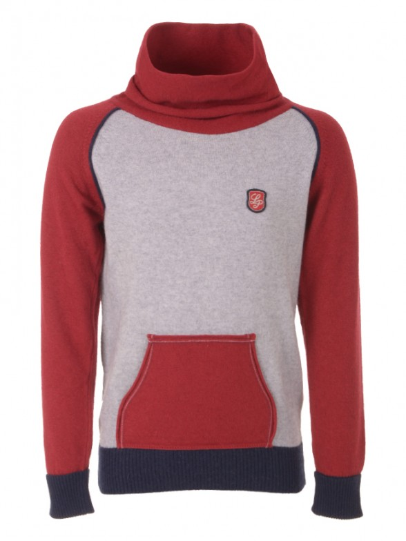 Knitted sweater with pocket