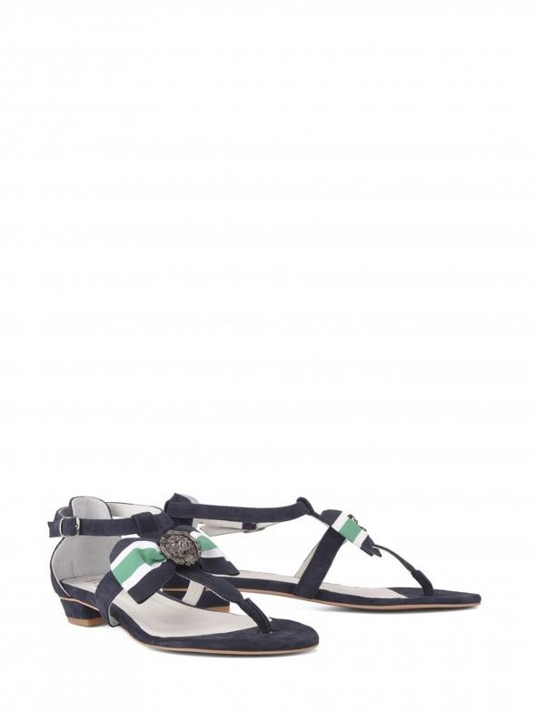Sandália com laço
