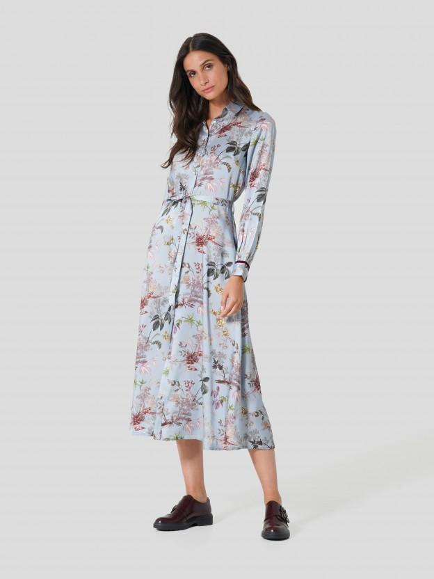 Vestido camiseiro com padrão floral