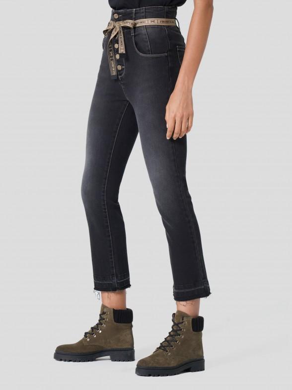 Jeans Denim com Cinto