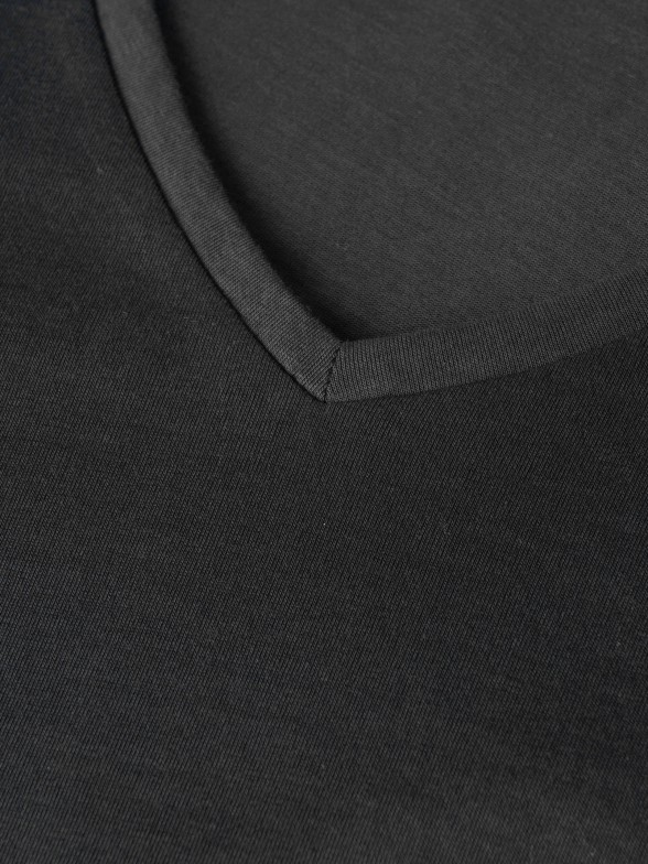 Jersey Cuello Pico