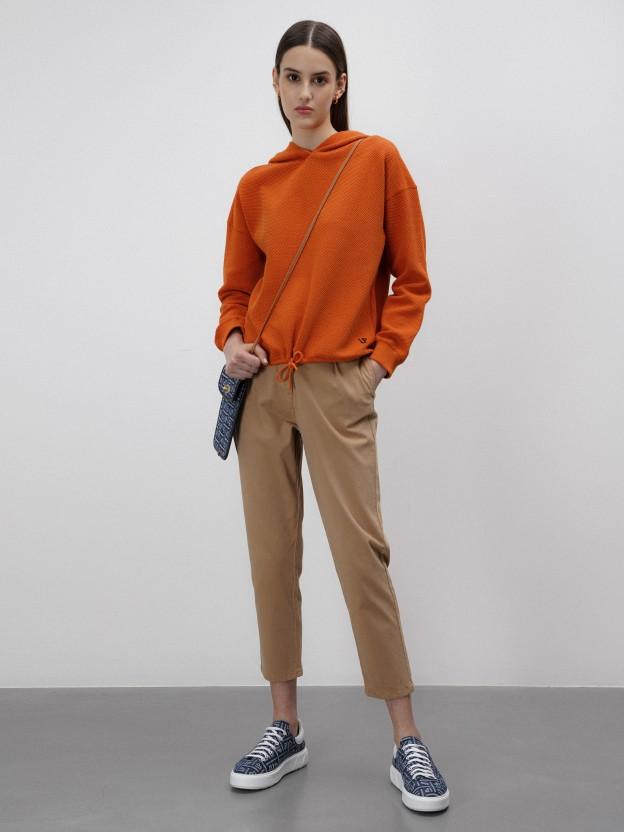 Sweatshirt laranja com capuz
