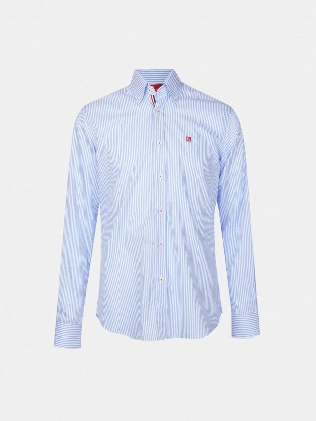 Camisa riscas slim fit com detalhe na carcela