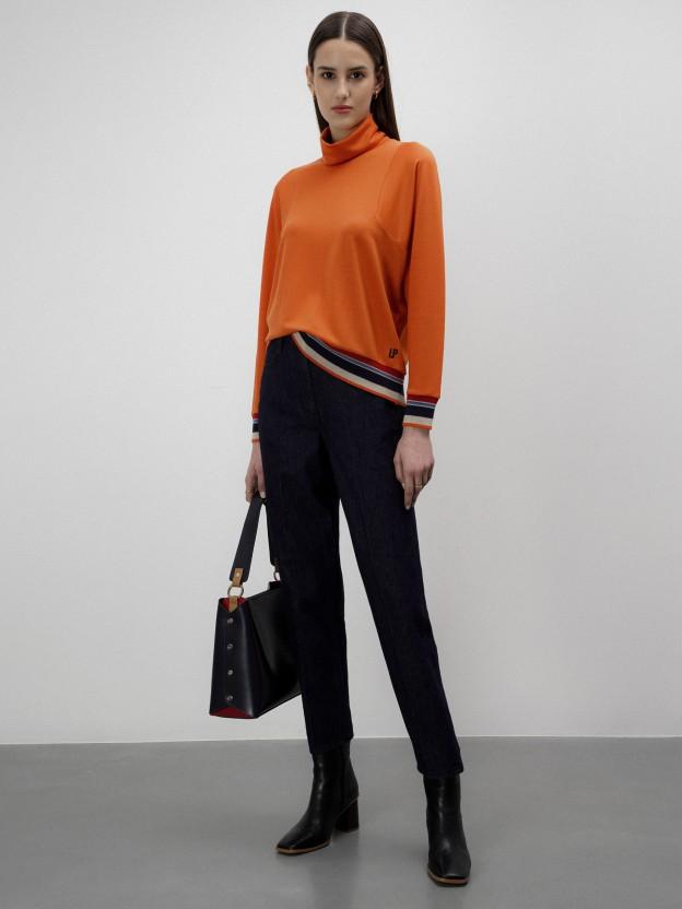 Jersey de lyocell con detalle de rayas multicolor
