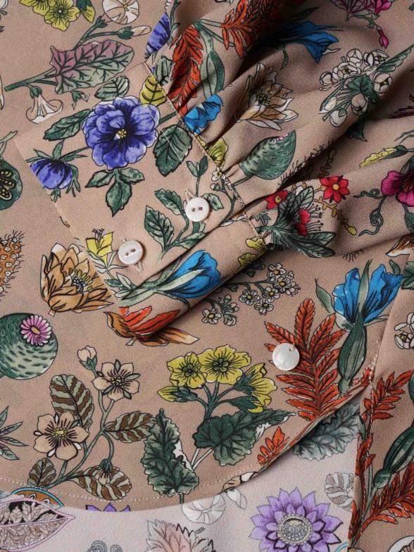 Camisa assimétrica com estampado floral