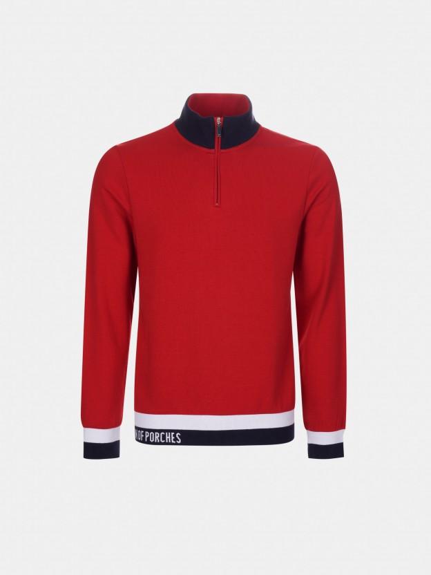 L-sleeve sweater
