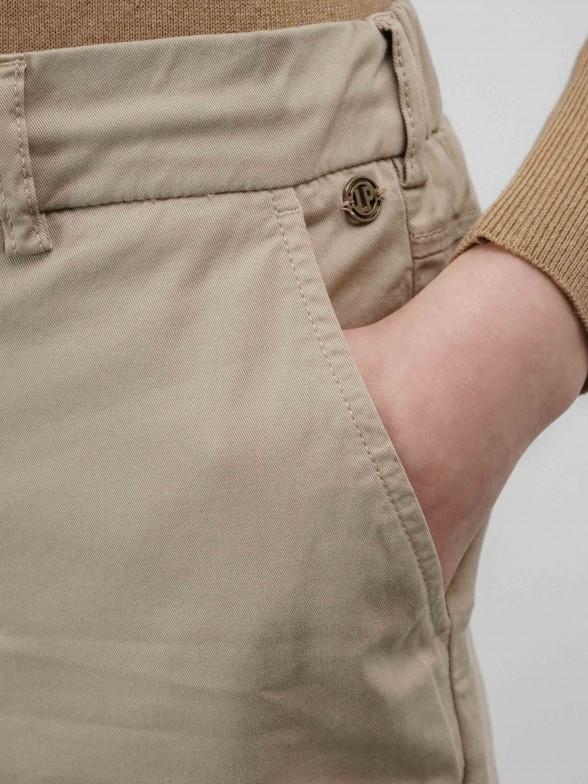 Calças chino em algodão stretch