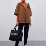 Hooded raincoat with velvet print