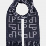 Cachecol em lã com monograma