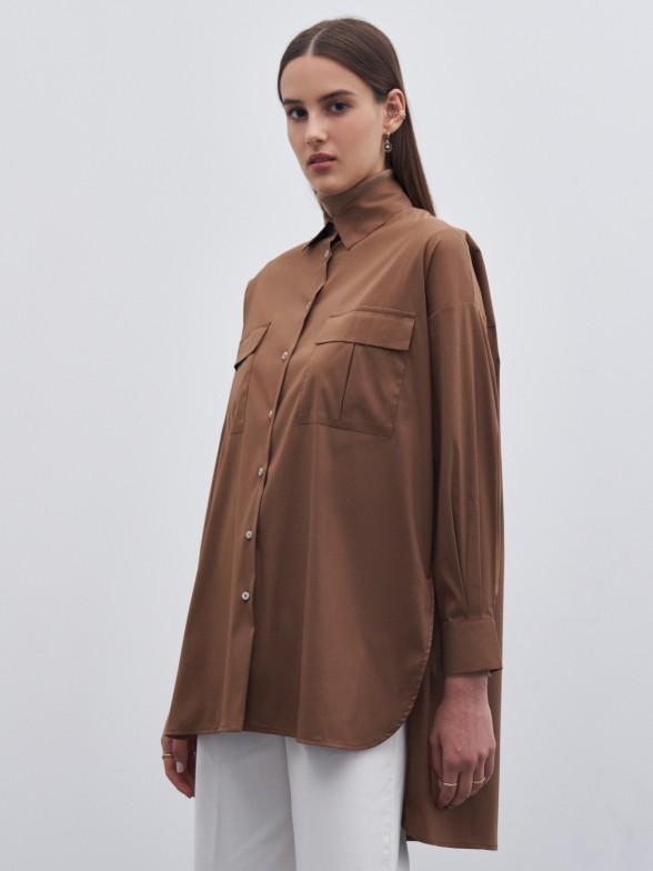 Camisa oversize assimétrica