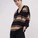 Jersey de lana merino con capucha